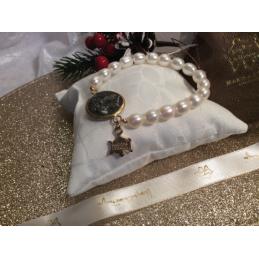 Bracciale composto da perle...